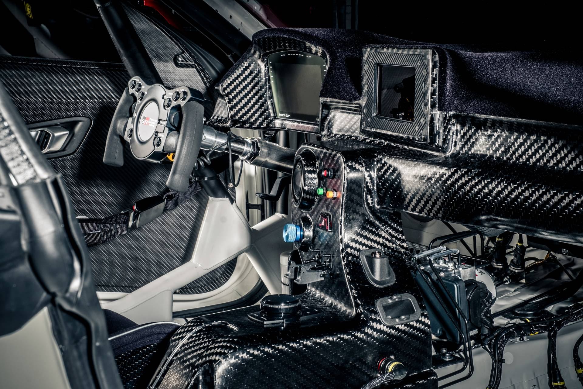 Toyota-GR-Supra-GT4-11