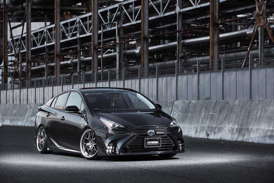 Toyota-Prius-by-Aimgain-10