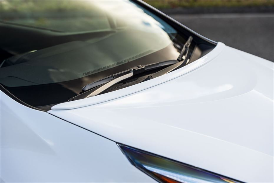 Toyota-Prius-by-Aimgain-14