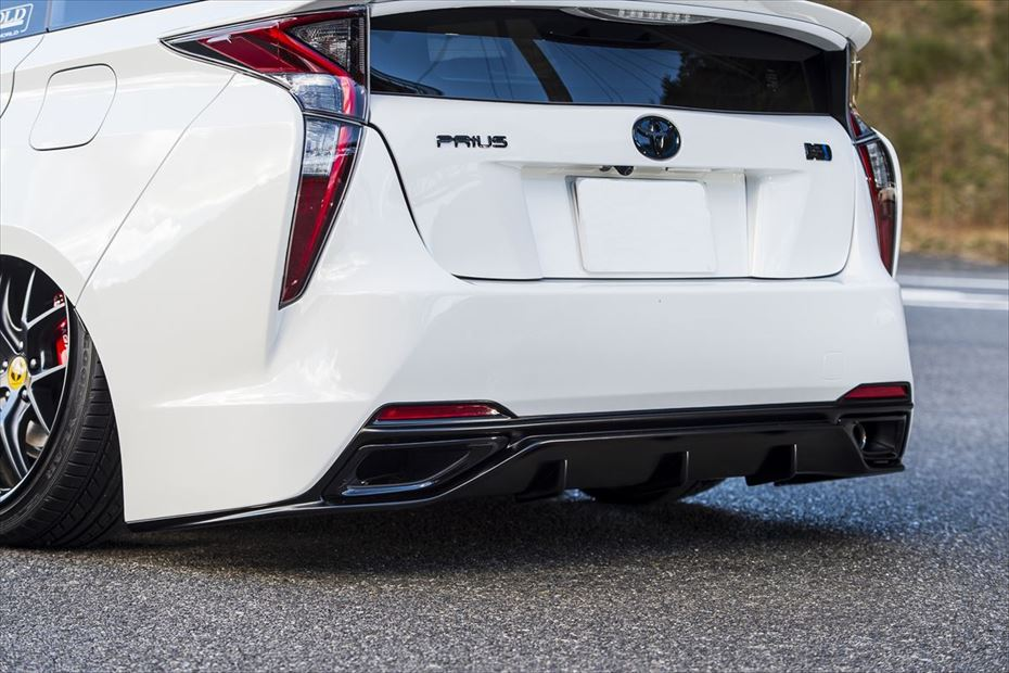 Toyota-Prius-by-Aimgain-17