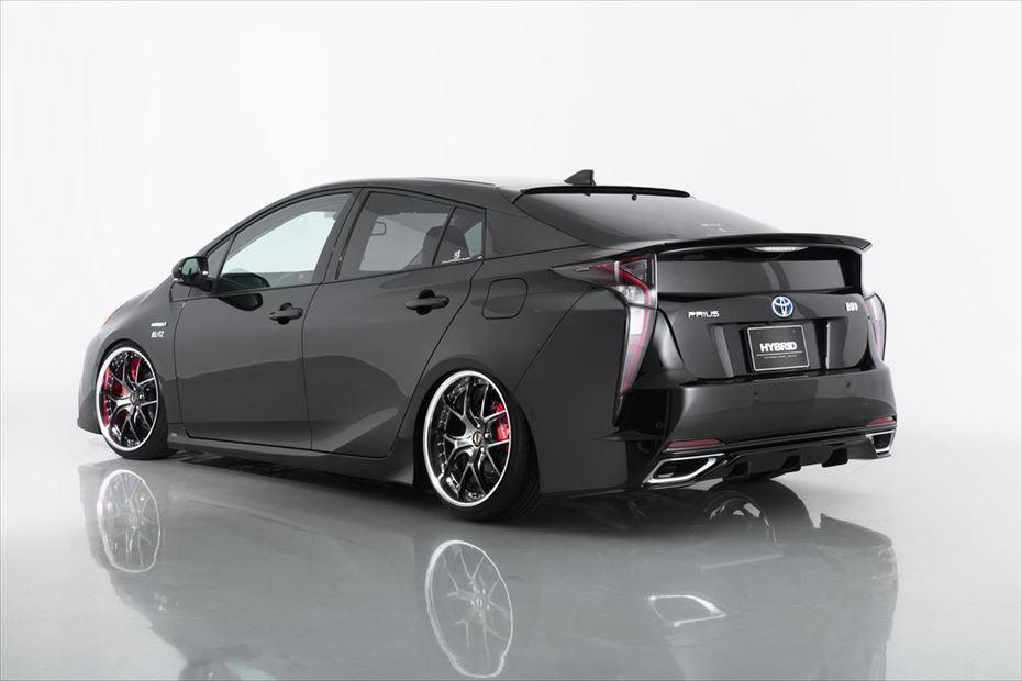 Toyota-Prius-by-Aimgain-23