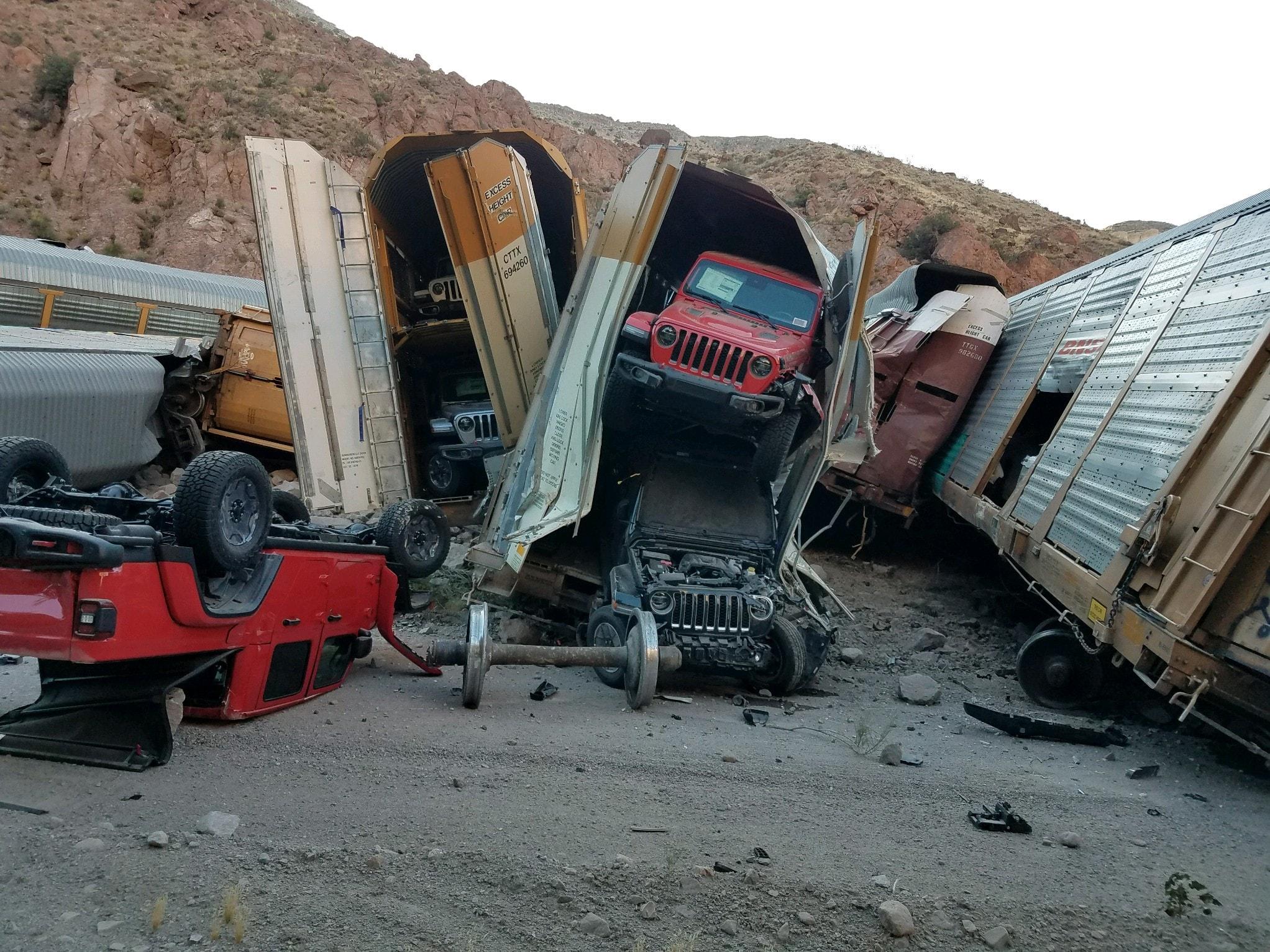 Train-crash-Nevada-3