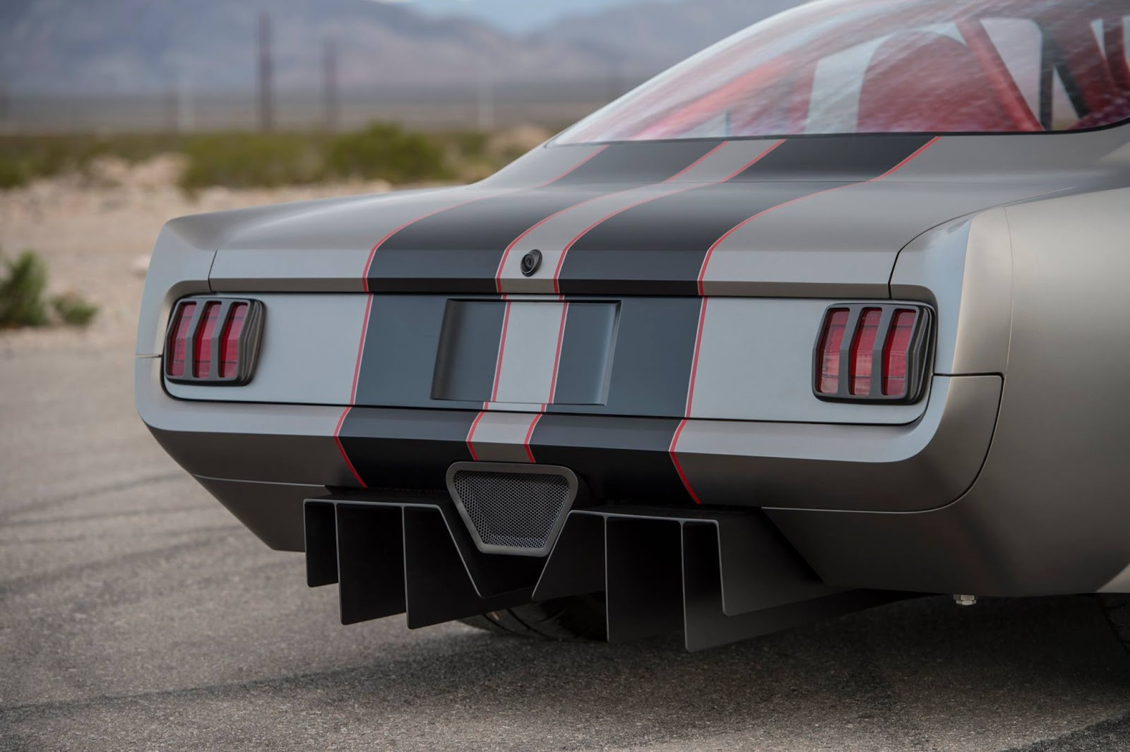 Twin-Turbo Mustang by Timeless Kustoms (13)