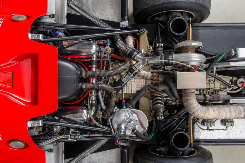 Porsche-962-100