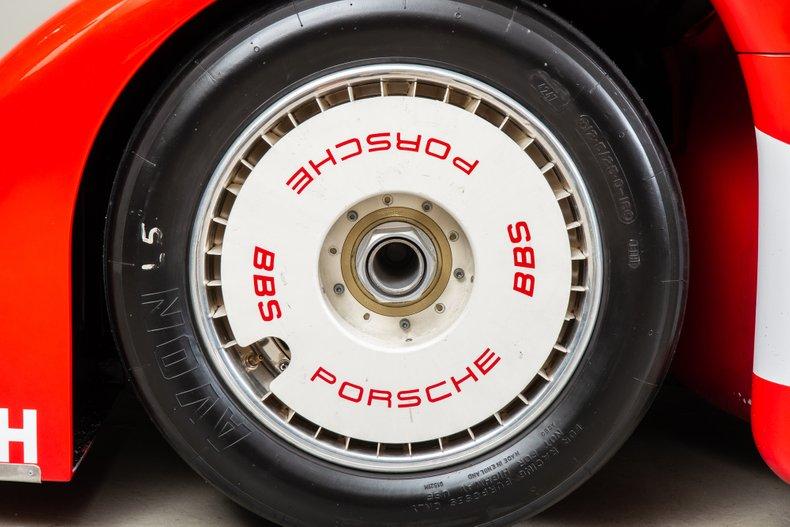 Porsche-962-111