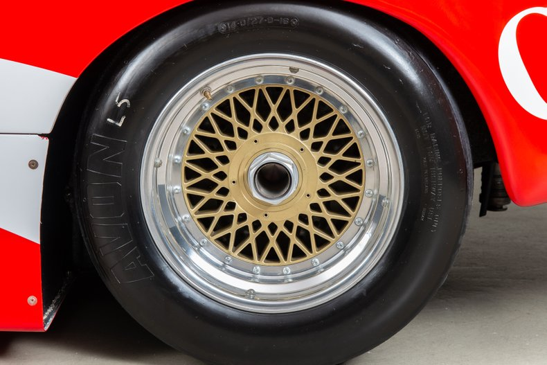 Porsche-962-129