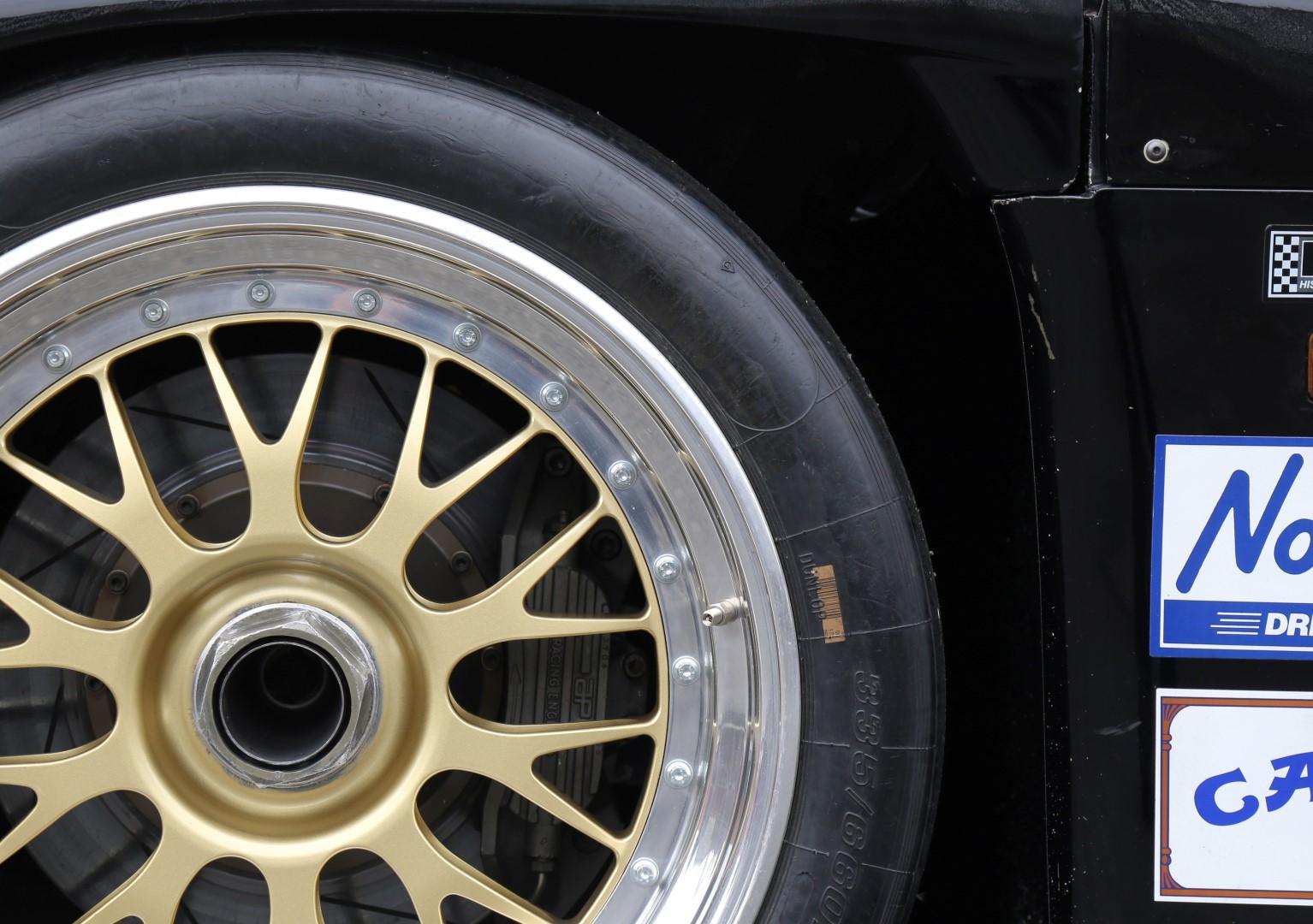 Porsche-962-34