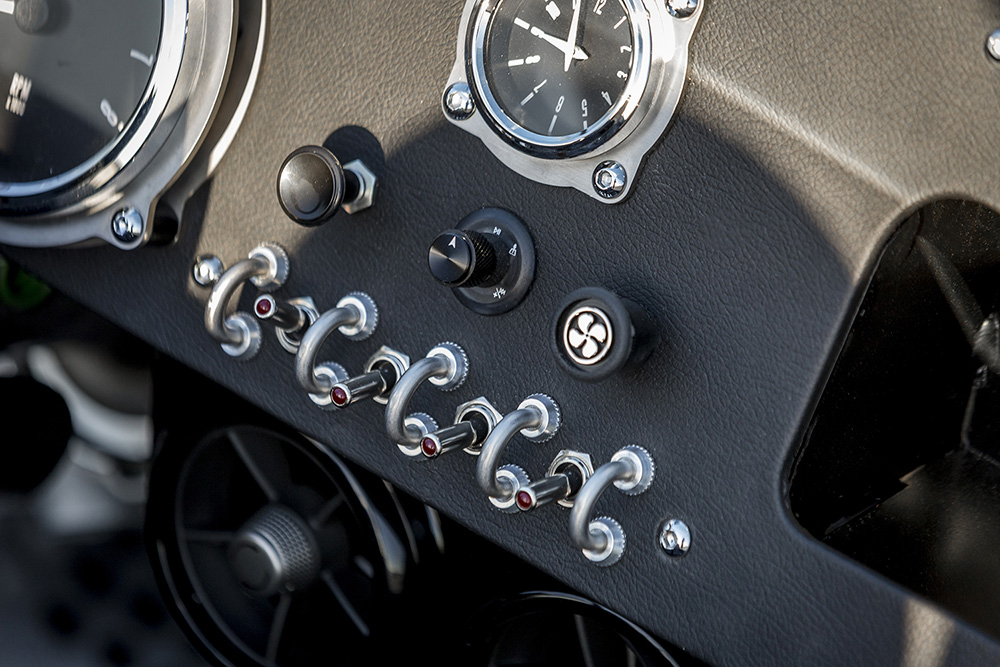 Vanderhall Venice Roadster (16)