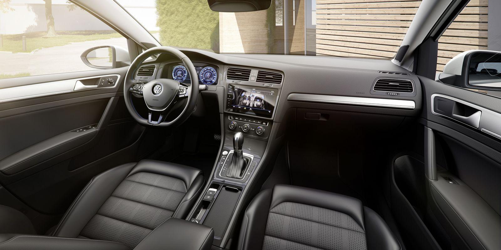 Volkswagen e-Golf 2017 (8)