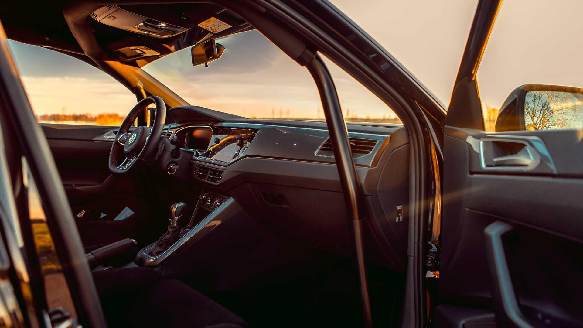 Volkswagen-Polo-GTI-by-Siemoneit-Racing-10