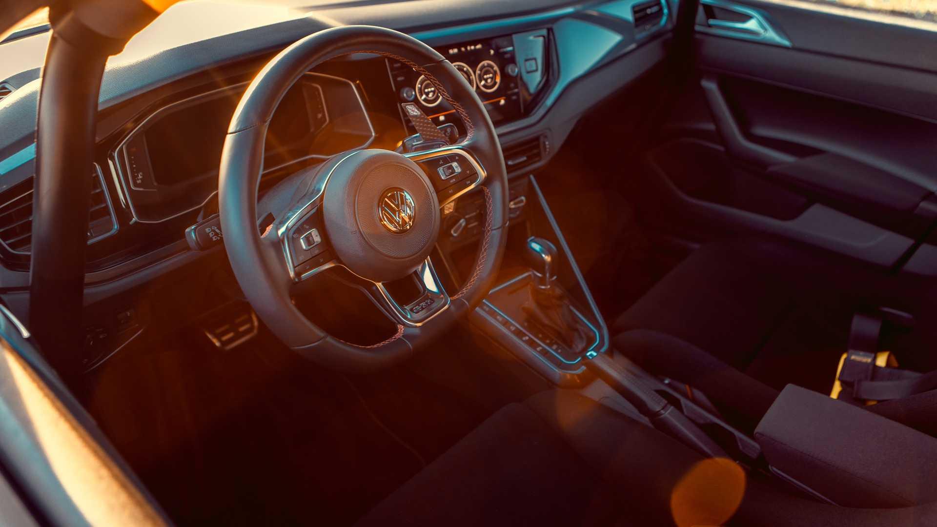 Volkswagen-Polo-GTI-by-Siemoneit-Racing-8