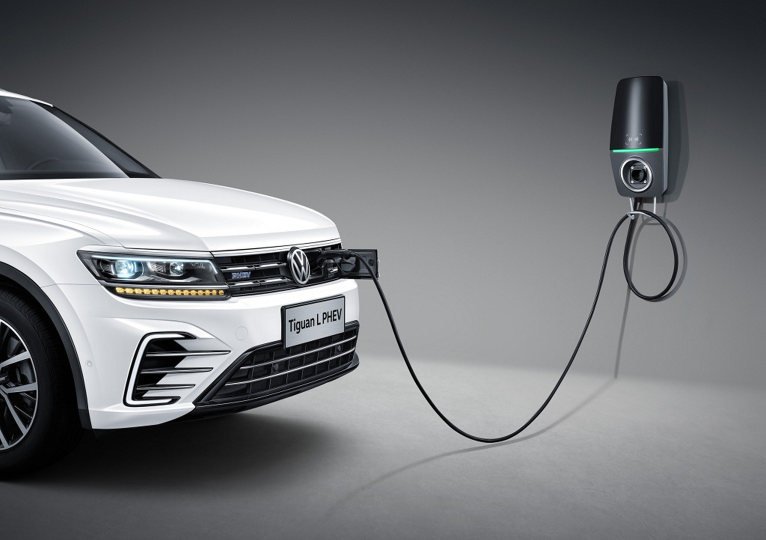 Volkswagen_Tiguan_PHEV_0005