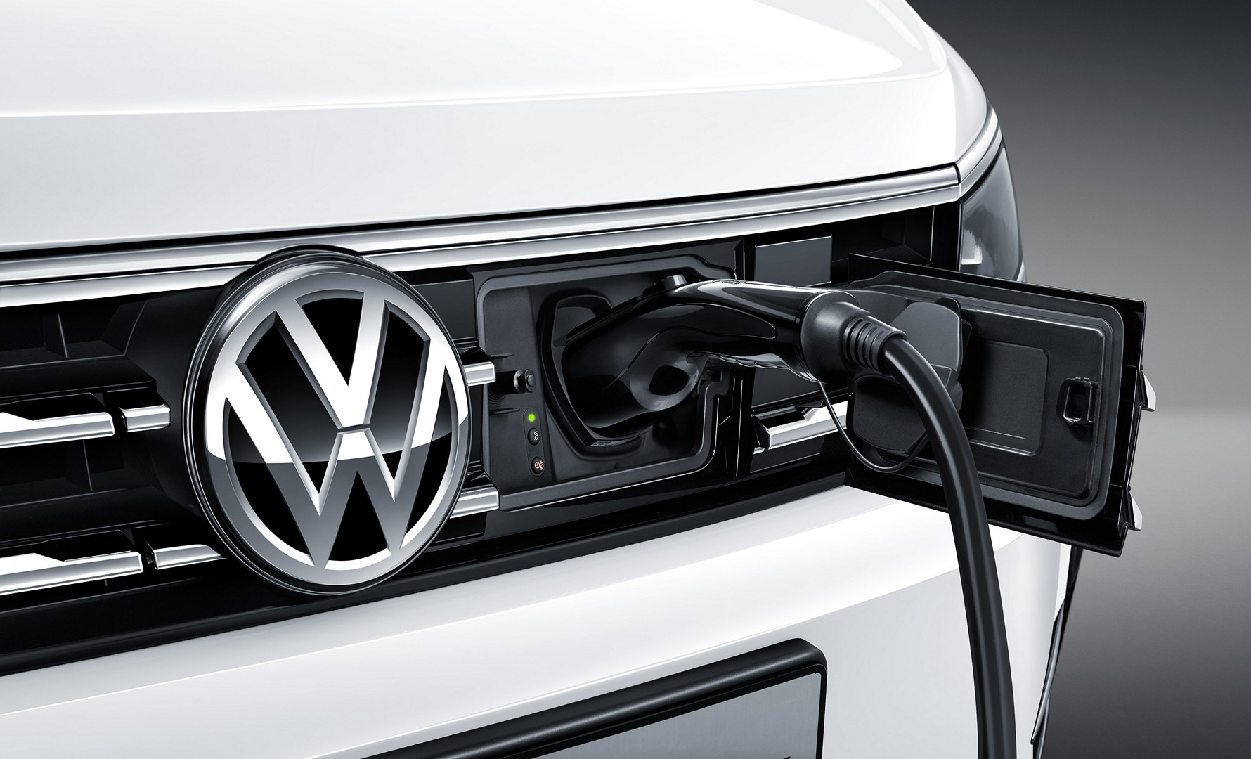 Volkswagen_Tiguan_PHEV_0013
