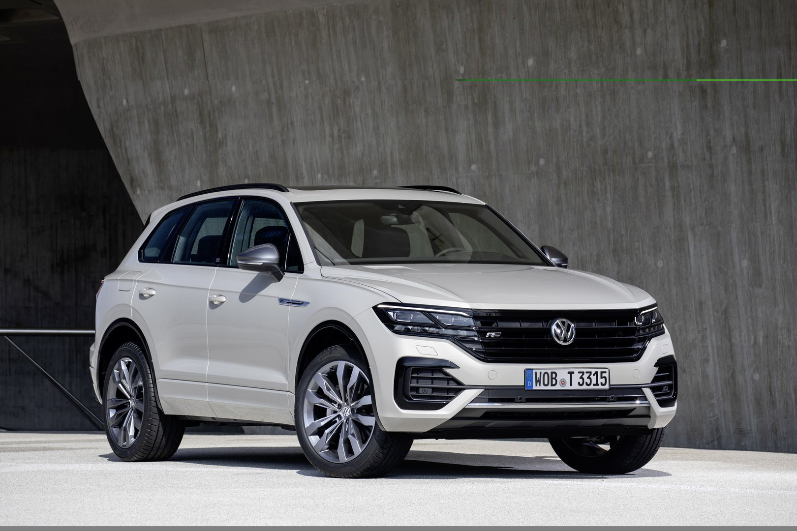 Volkswagen-Touareg-One-Million-Edition-1