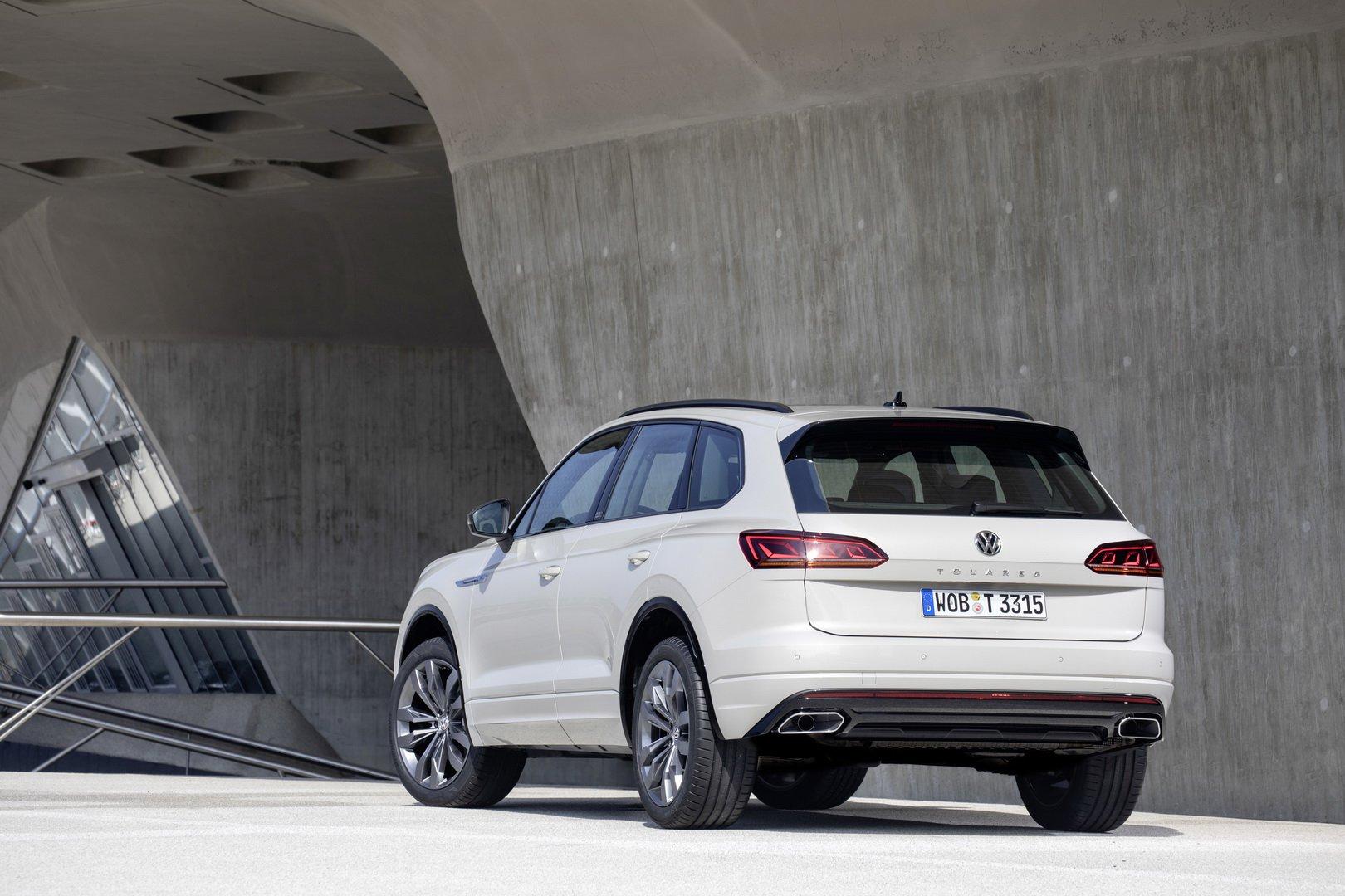 Volkswagen-Touareg-One-Million-Edition-2