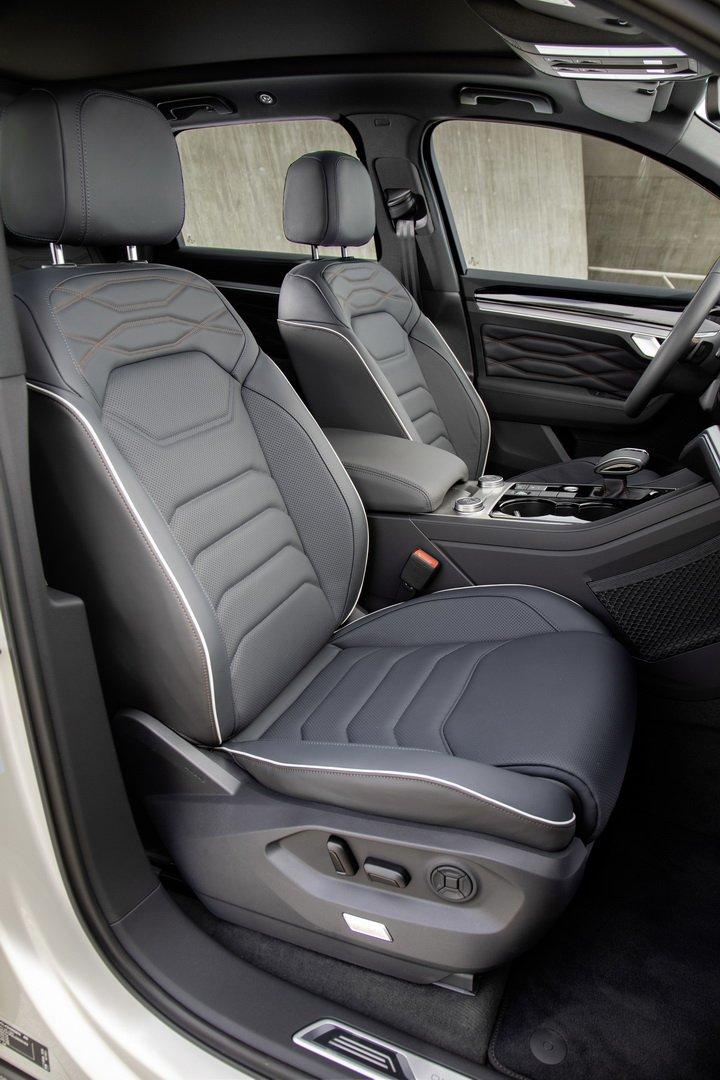 Volkswagen-Touareg-One-Million-Edition-7