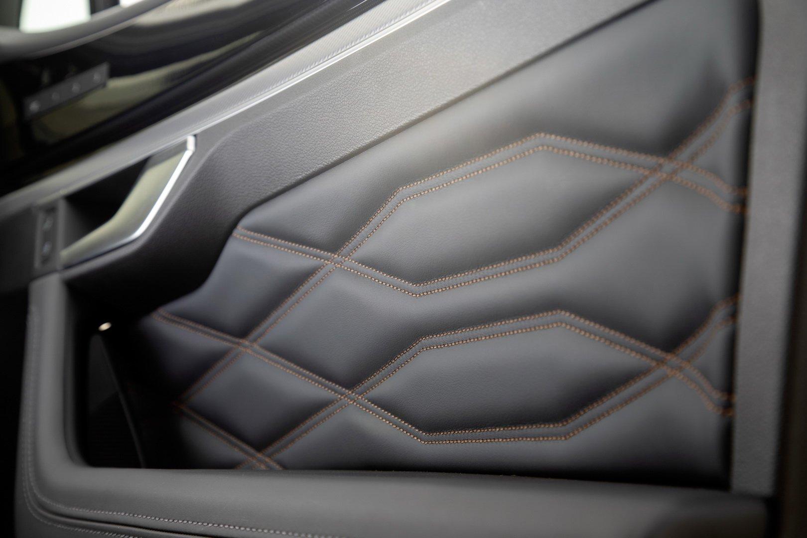 Volkswagen-Touareg-One-Million-Edition-8