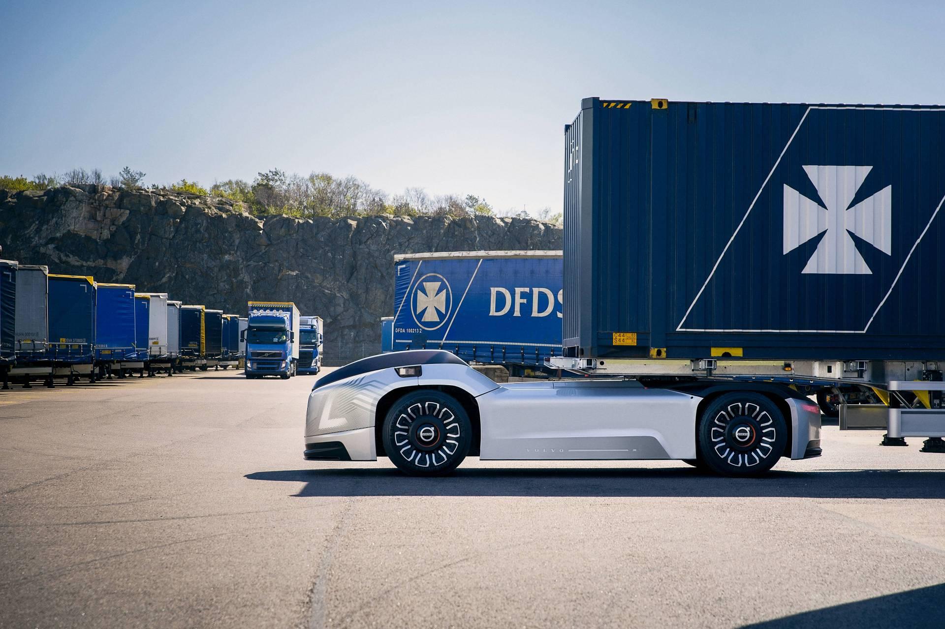 add64de6-volvo-trucks-vera-autonomous-truck-4