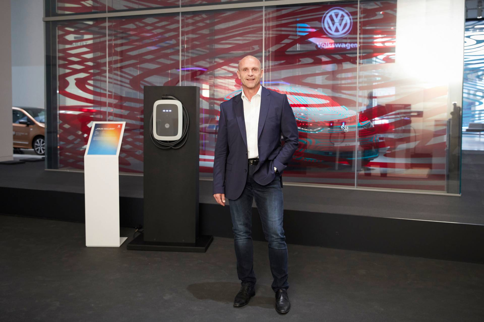 VW-europe-ev-chargers-network-3