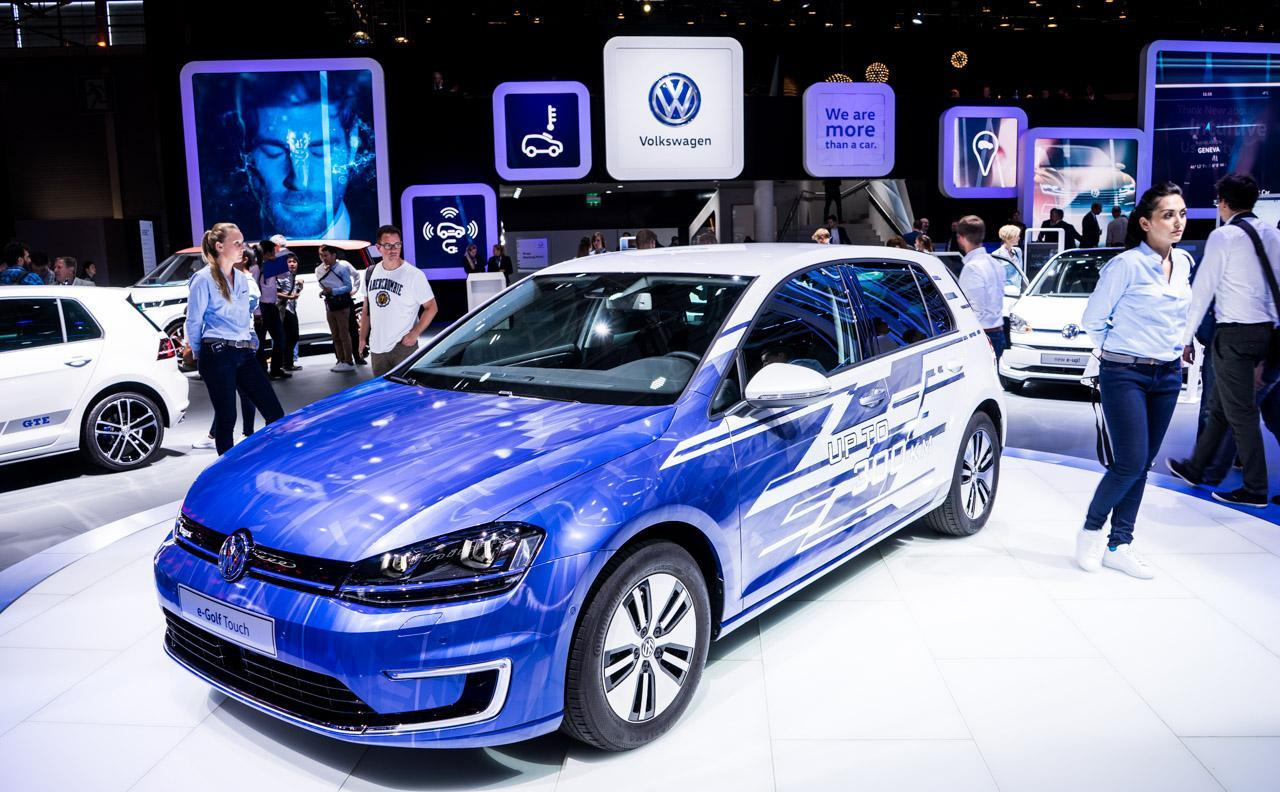 Volkswagen-e-Golf-0003