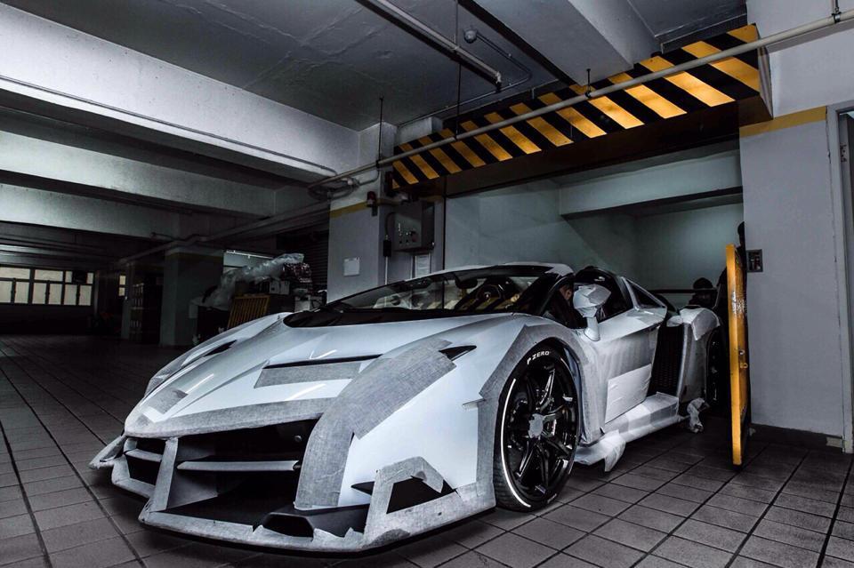 Index Of Wp Content Gallery White Lamborghini Veneno Roadster In