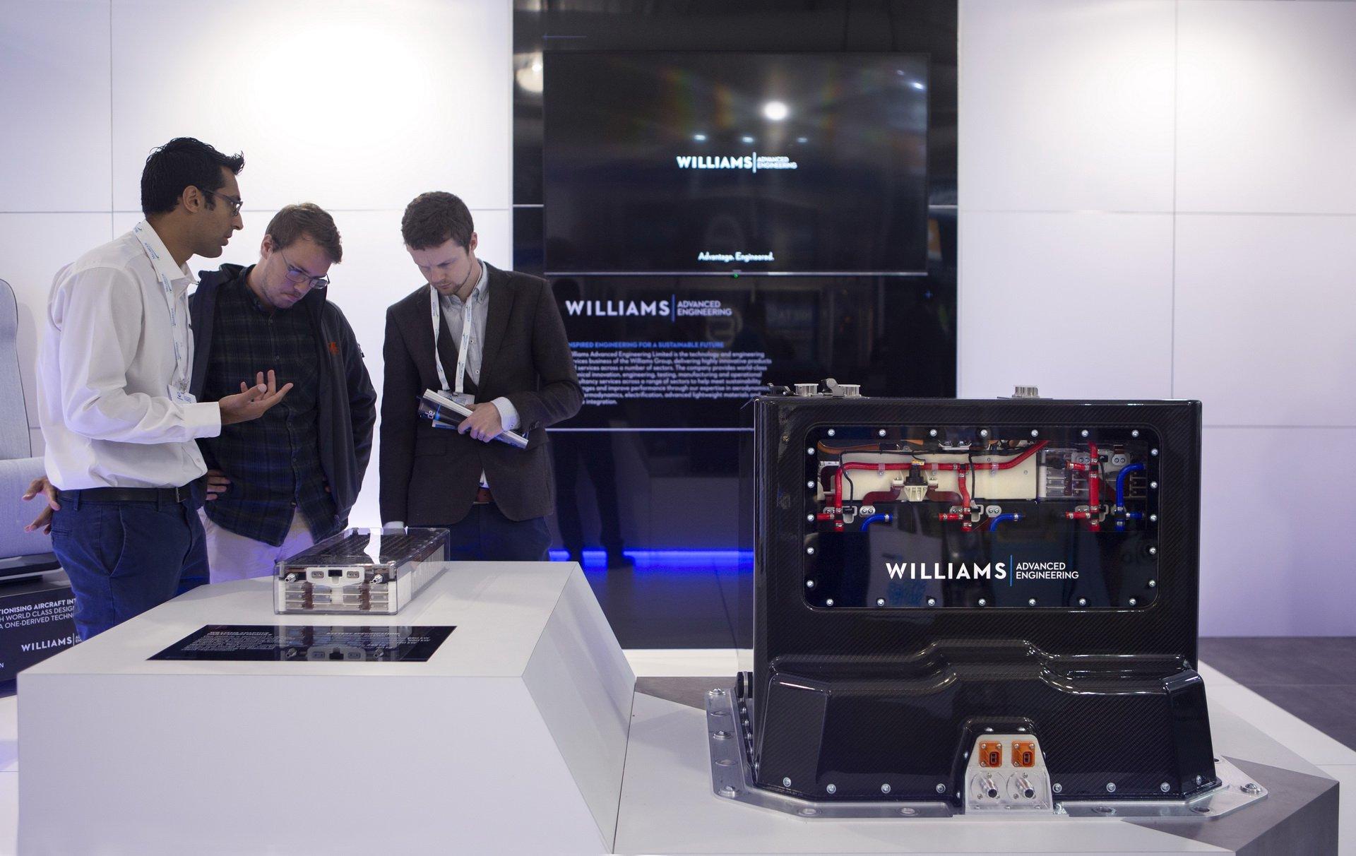 Williams-Adaptive-Multi-Chem-battery-1
