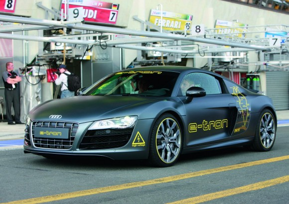 r8 blogspotcom. 2011 Audi R8 e-tron 2010 Sport