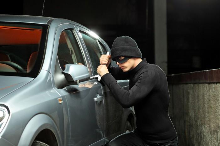 Αποτέλεσμα εικόνας για κλέψιμο αυτοκινήτου