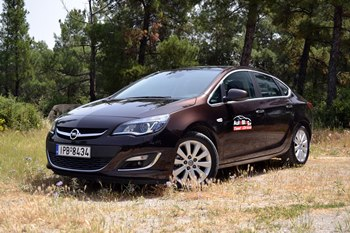 Opel Astra Sedan 1,7 CDTi small