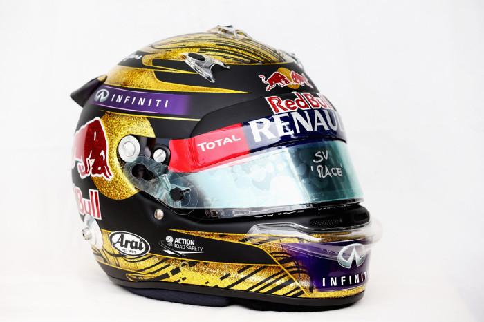 166985782kr00324 f1 grand p 1 700x466 Το χρυσό κράνος του Vettel πωλήθηκε για $118.000