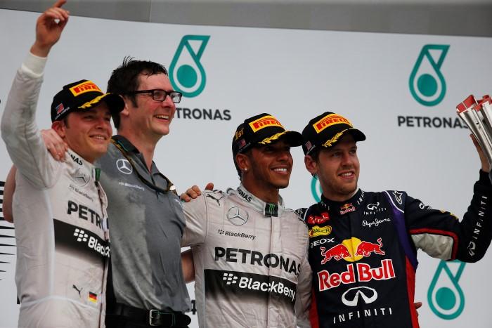 F1 Malaysia Podium GP Μαλαισίας 2014: Νικητής ο Hamilton στο 1 2 τής Mercedes