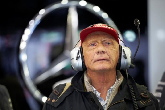 Niki Lauda1 700x466 Hamilton: Ο Rosberg είπε ότι με χτύπησε επίτηδες. Mercedes: Απαράδεκτος ο Rosberg
