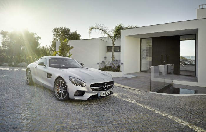 Mercedes AMG GT 45 700x449 Επίσημο: Mercedes AMG GT [w/video]