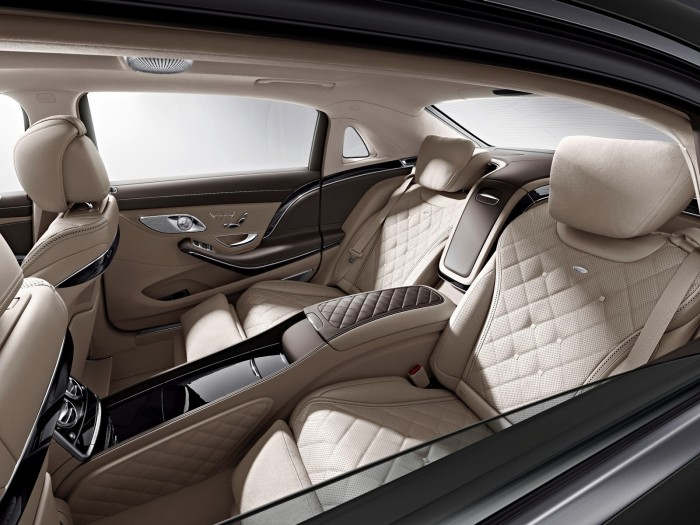 Mercedes-Maybach-S600-1-700x525.jpg