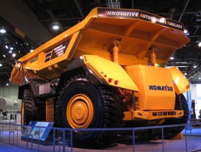 komatsu-autonomous-truck-1