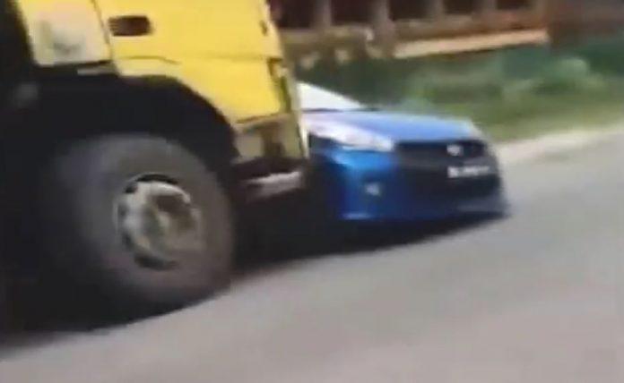 truck-vs-car